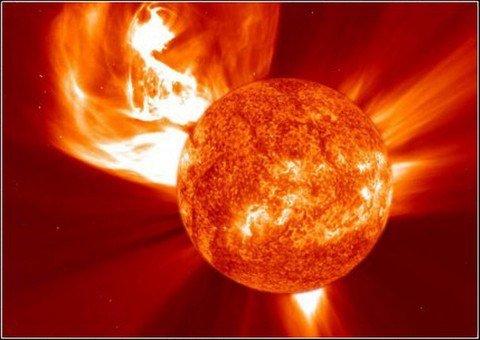 supertempestade-solar.02-jpeg