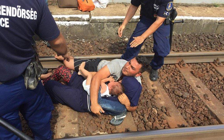 migrantes-budapeste-refugiados-europa